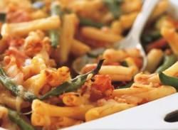 Classic chicken & pasta bake